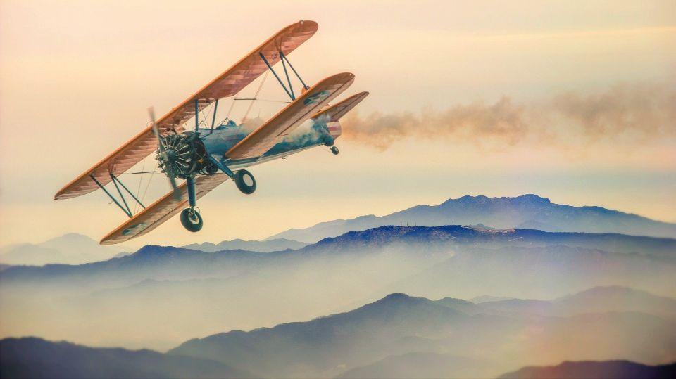 経験をつくるためにトライする飛行機の画像
